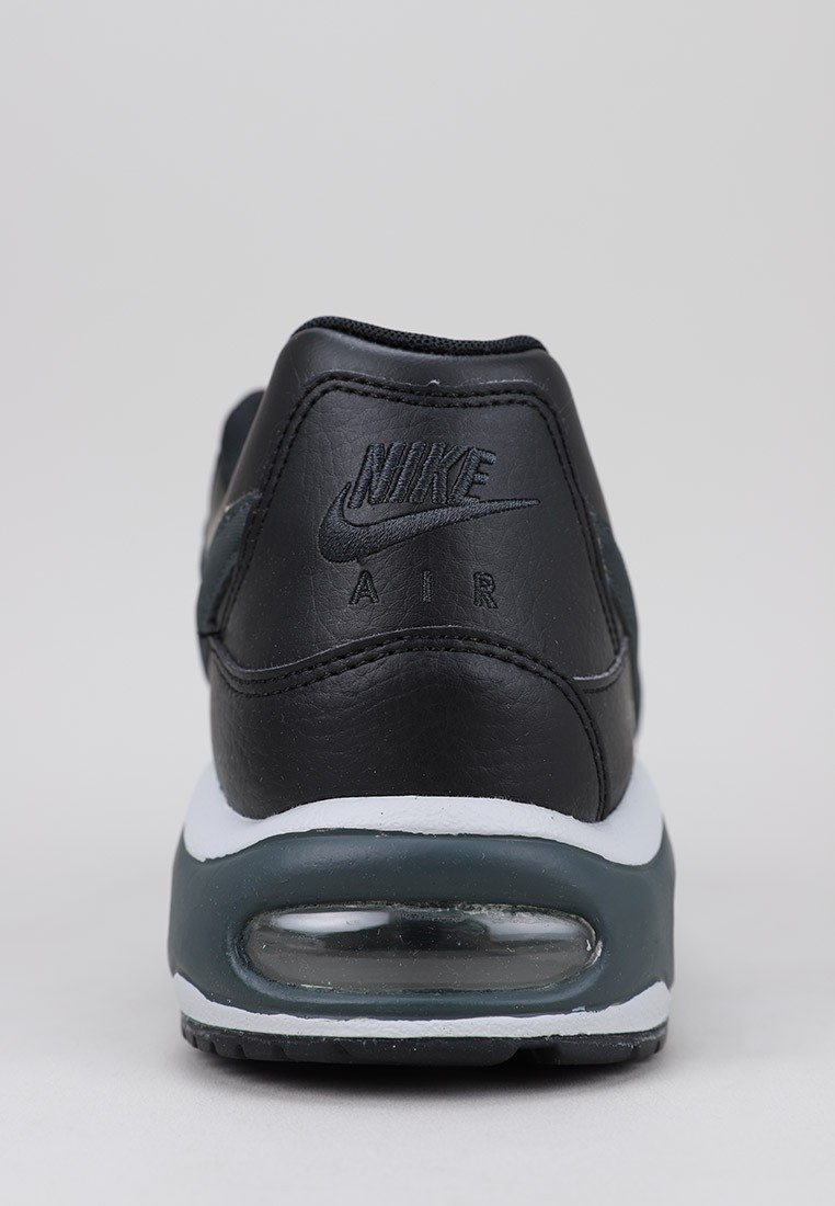 Air Max Command Leather Shoe