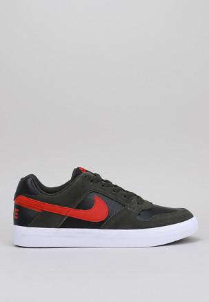 Mens Nike Sb Delta Force Vulc Skateboarding Shoe