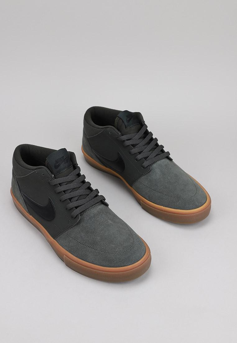 nike-mens-nike-sb-solasoft-portmore-li-mid-skateboarding-shoe-