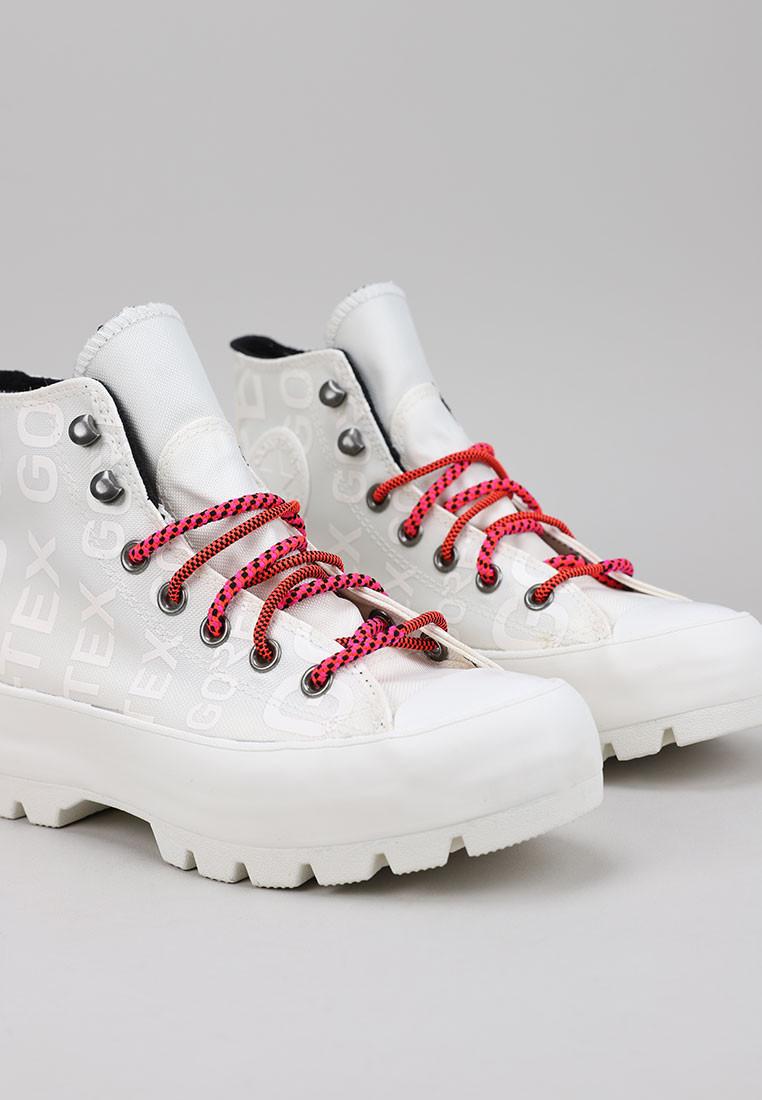 converse-chuck-taylor-all-star-lugged-winter-boot--hi-blanco