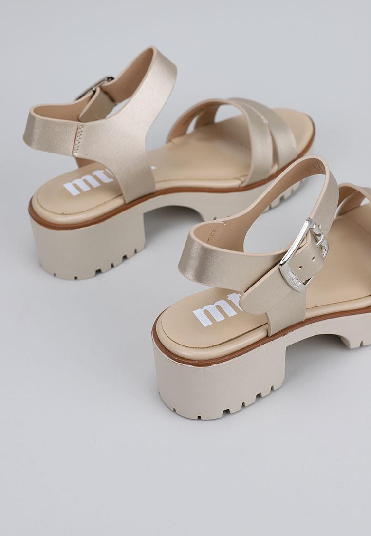 zapatos-de-mujer-mustang-oro