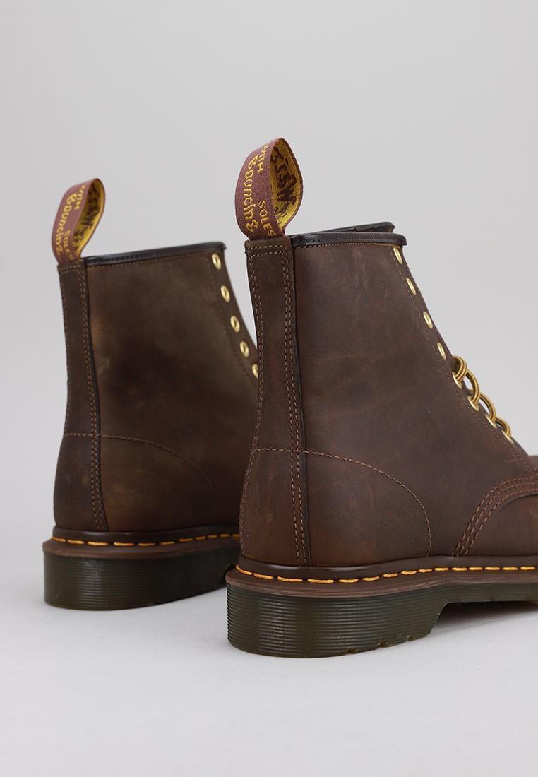 zapatos-hombre-dr-martens-marrón
