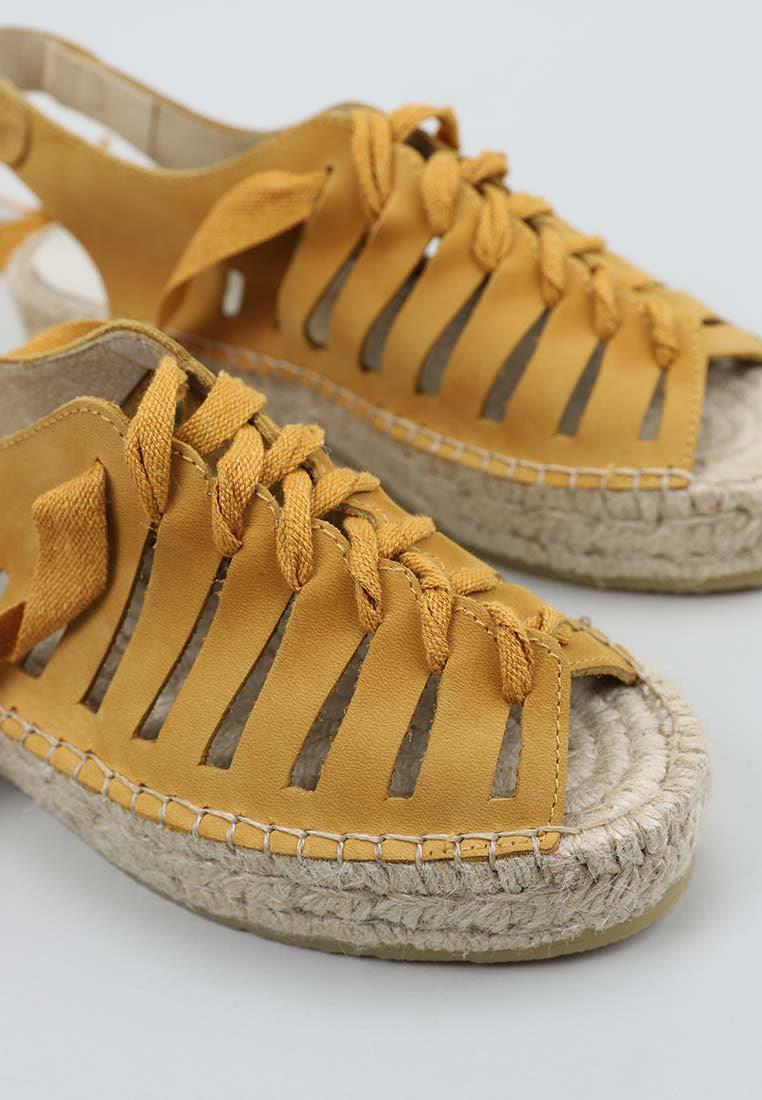 senses-&-shoes-vesiet-cuero