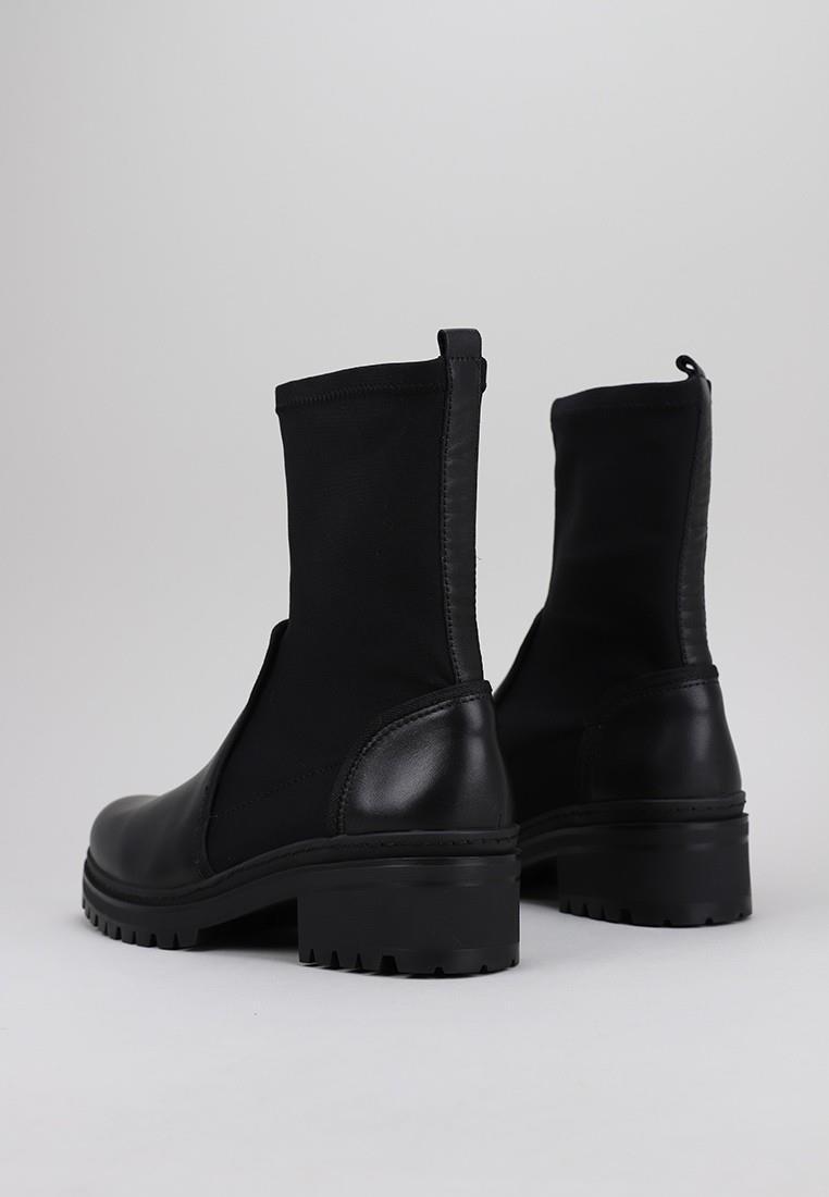 zapatos-de-mujer-unisa-negro