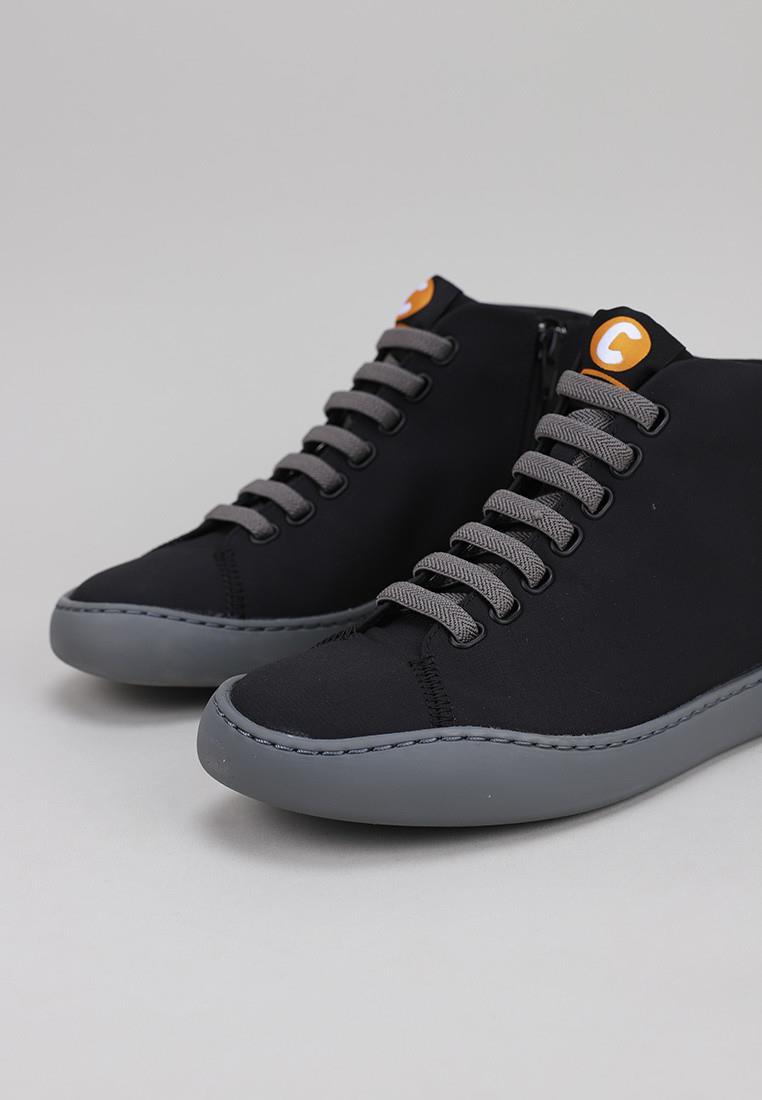camper-k400374-001-negro