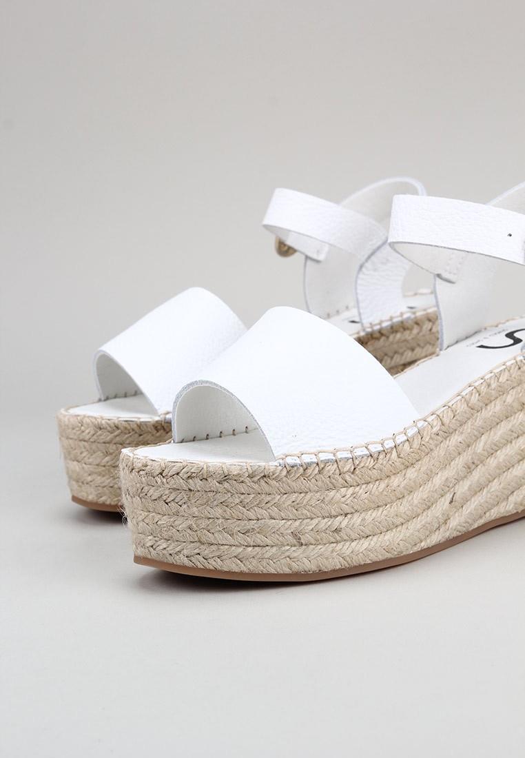 senses-&-shoes-fabiola-blanco