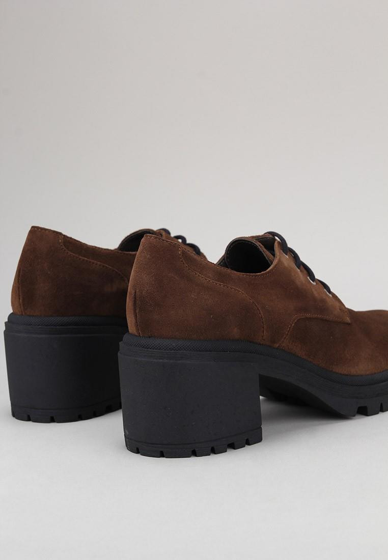 zapatos-de-mujer-bryan-stepwise-taupe