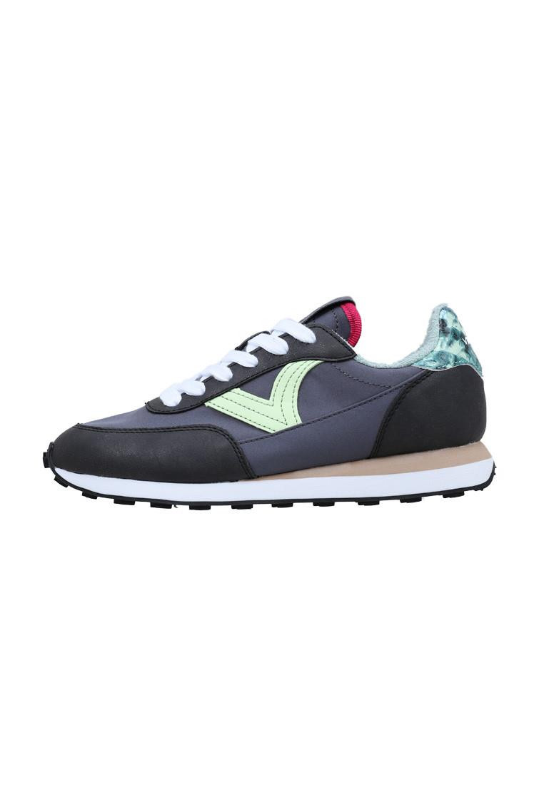 zapatos-de-mujer-victoria-astro-nylon-