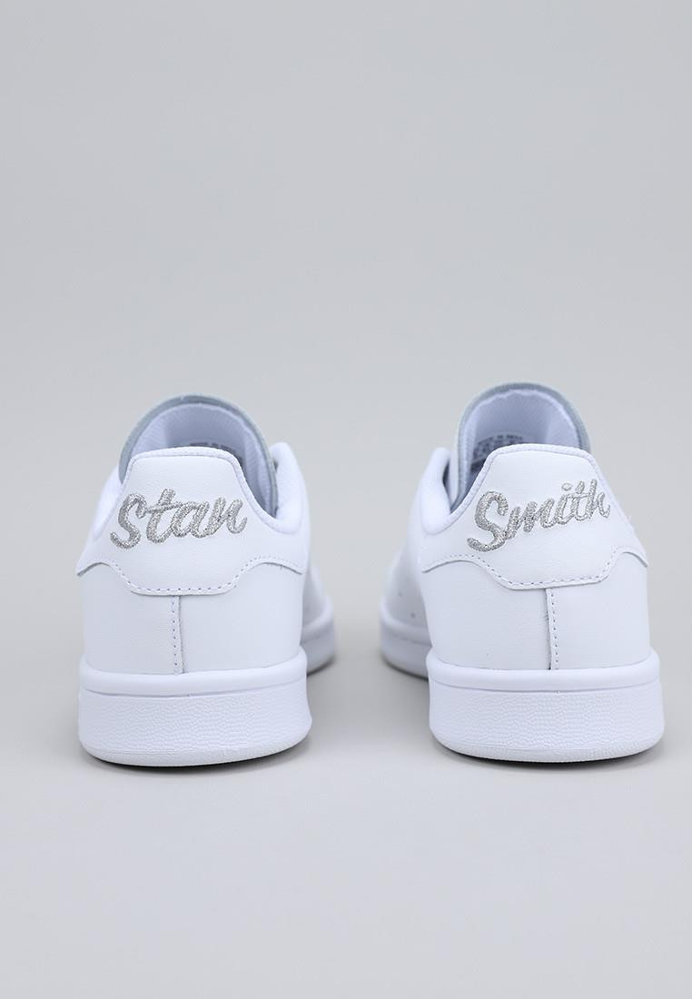 STAN SMITH J STAN