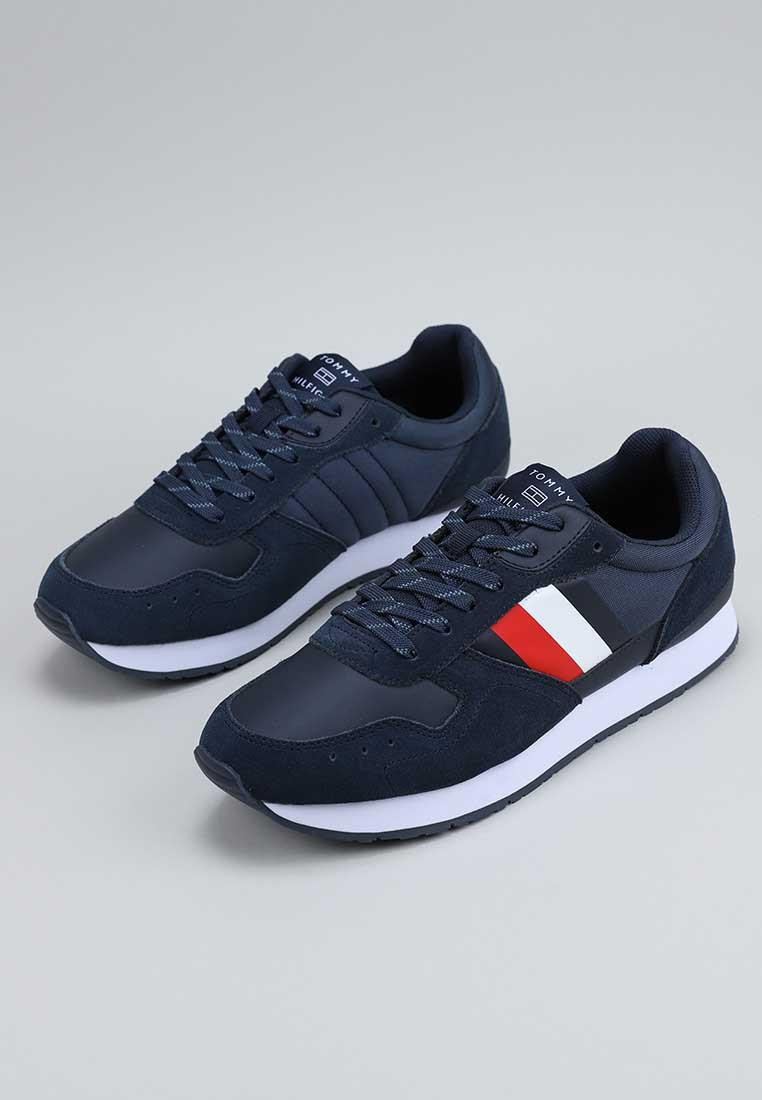 tommy-hilfiger-corporate-mix-flag-runner