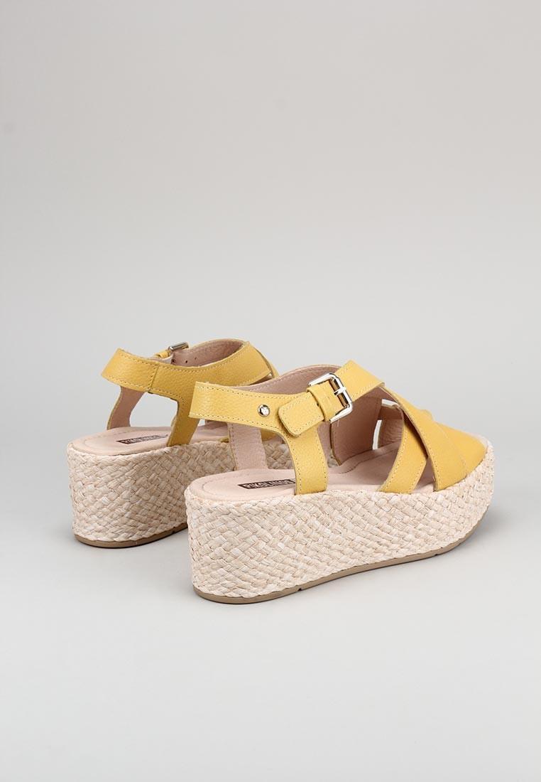 zapatos-de-mujer-pikolinos-mostaza