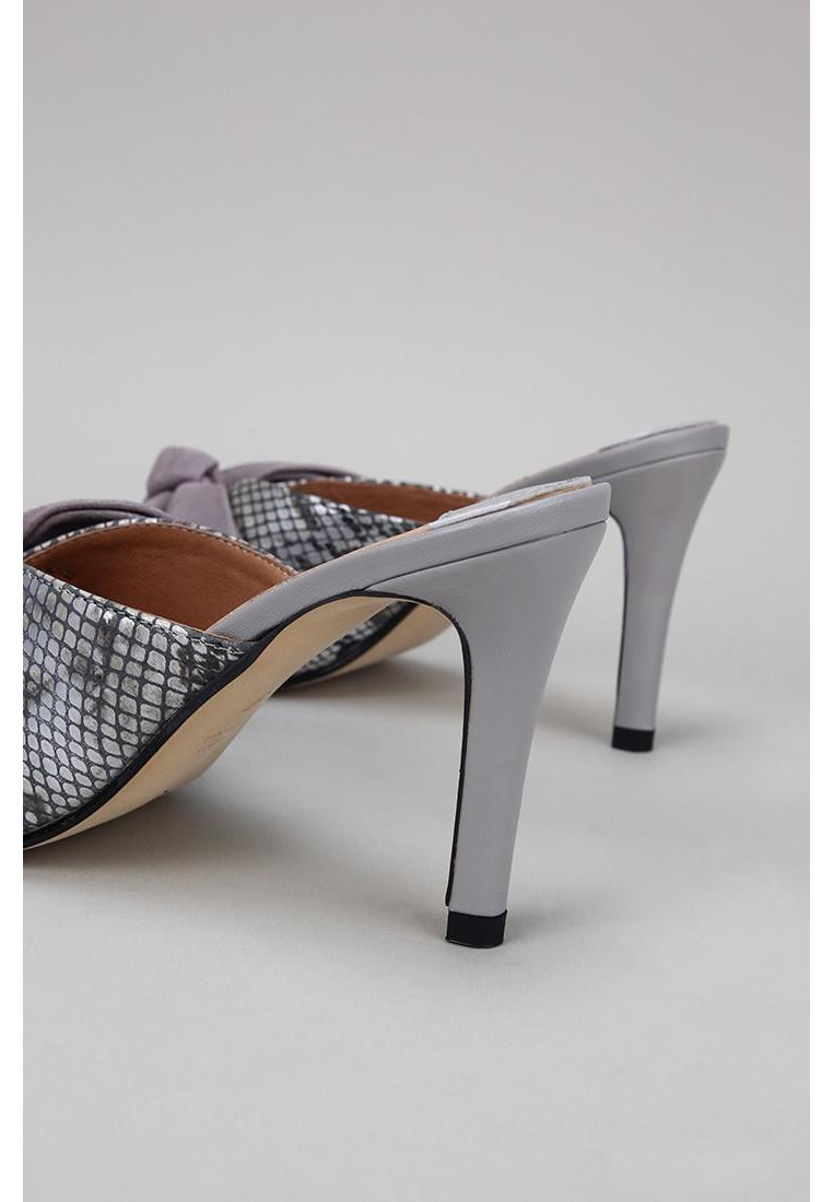 zapatos-de-mujer-rt-by-roberto-torretta-gris