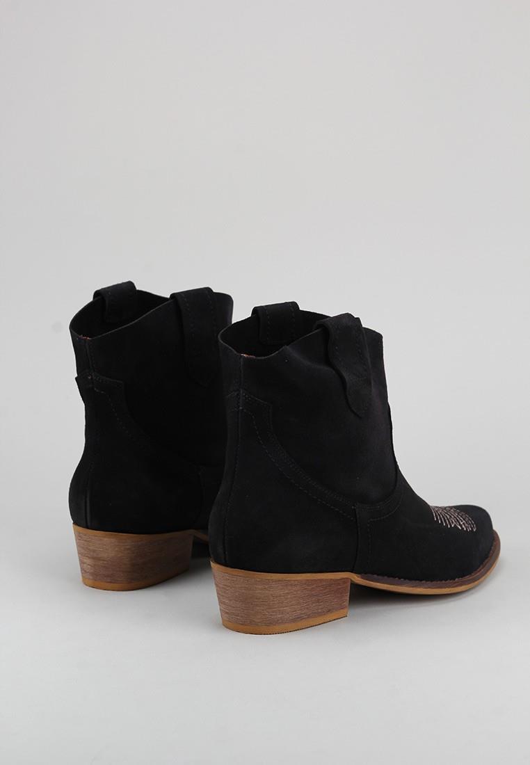 zapatos-de-mujer-bryan-negro