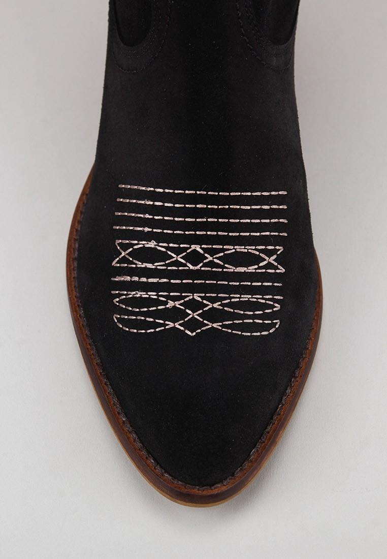 zapatos-de-mujer-bryan-caliope-bordado