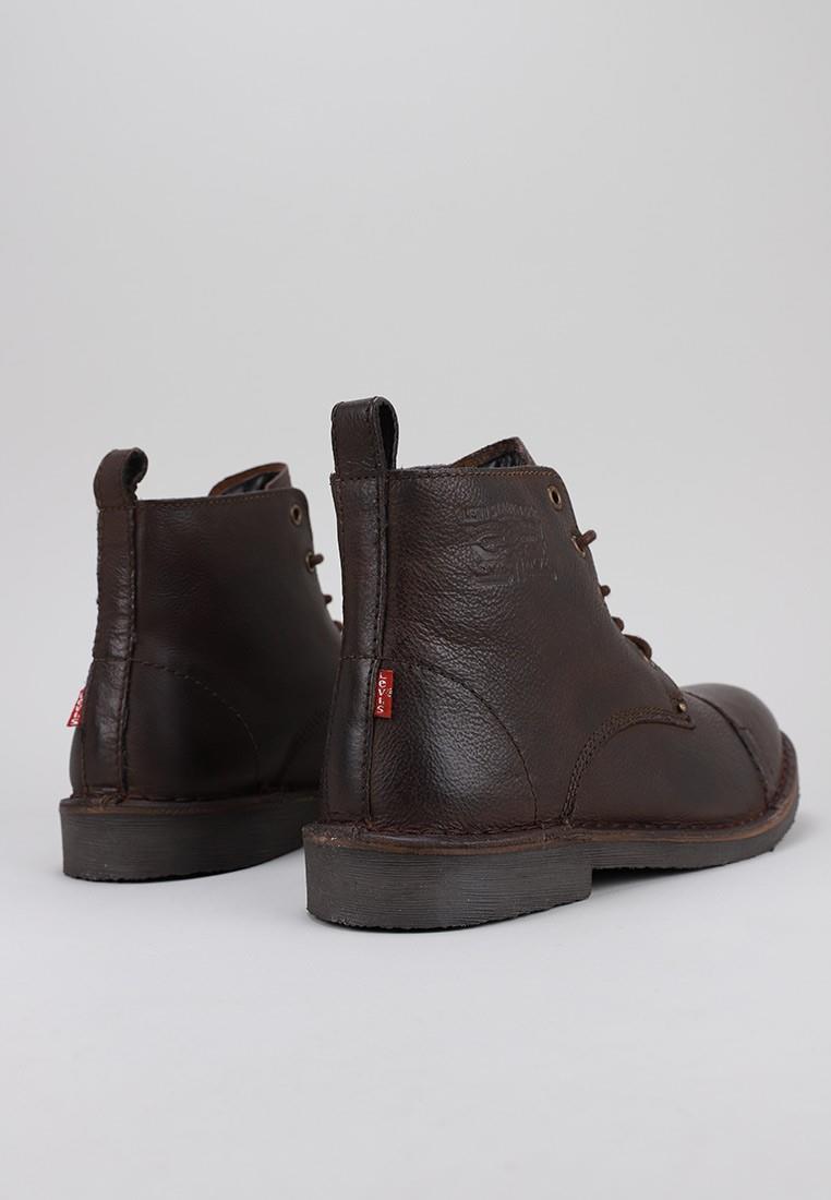 zapatos-hombre-levis-marrón