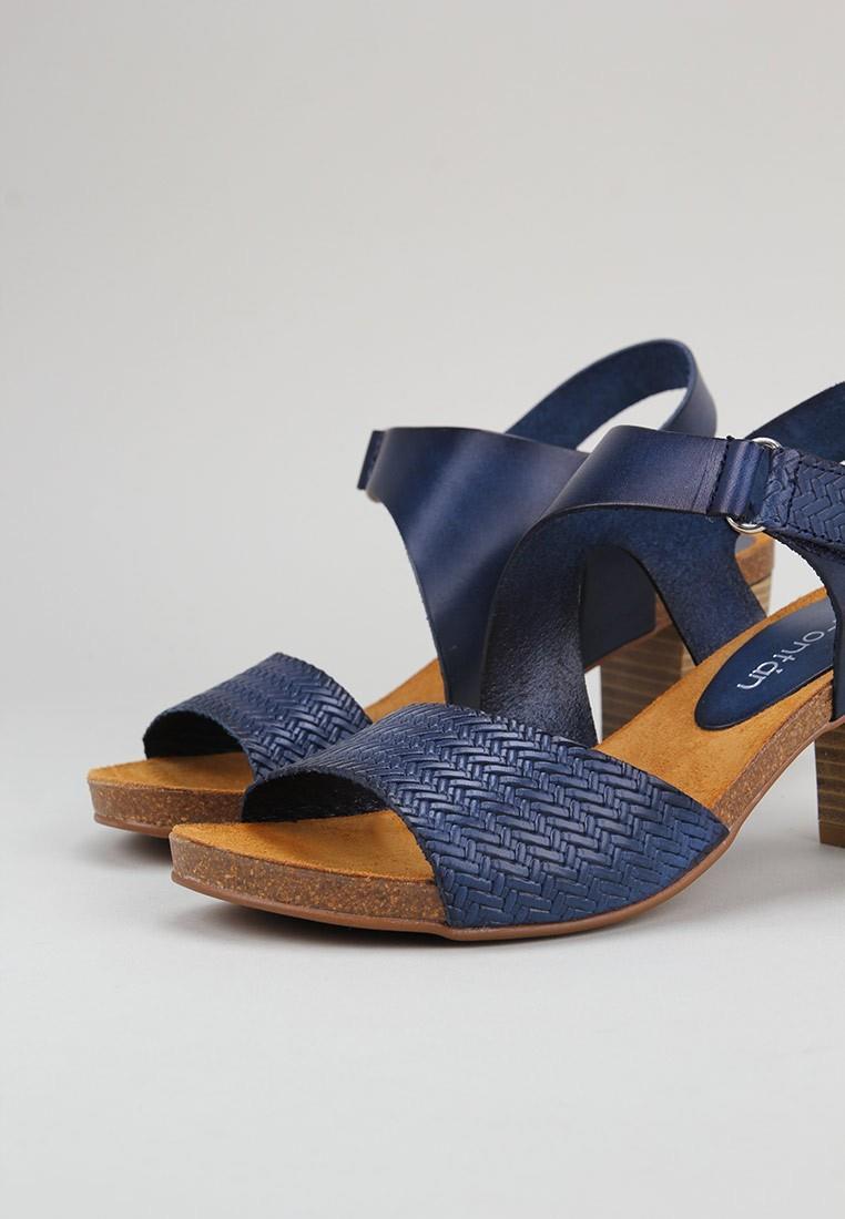 sandra-fontán-zeya-azul marino