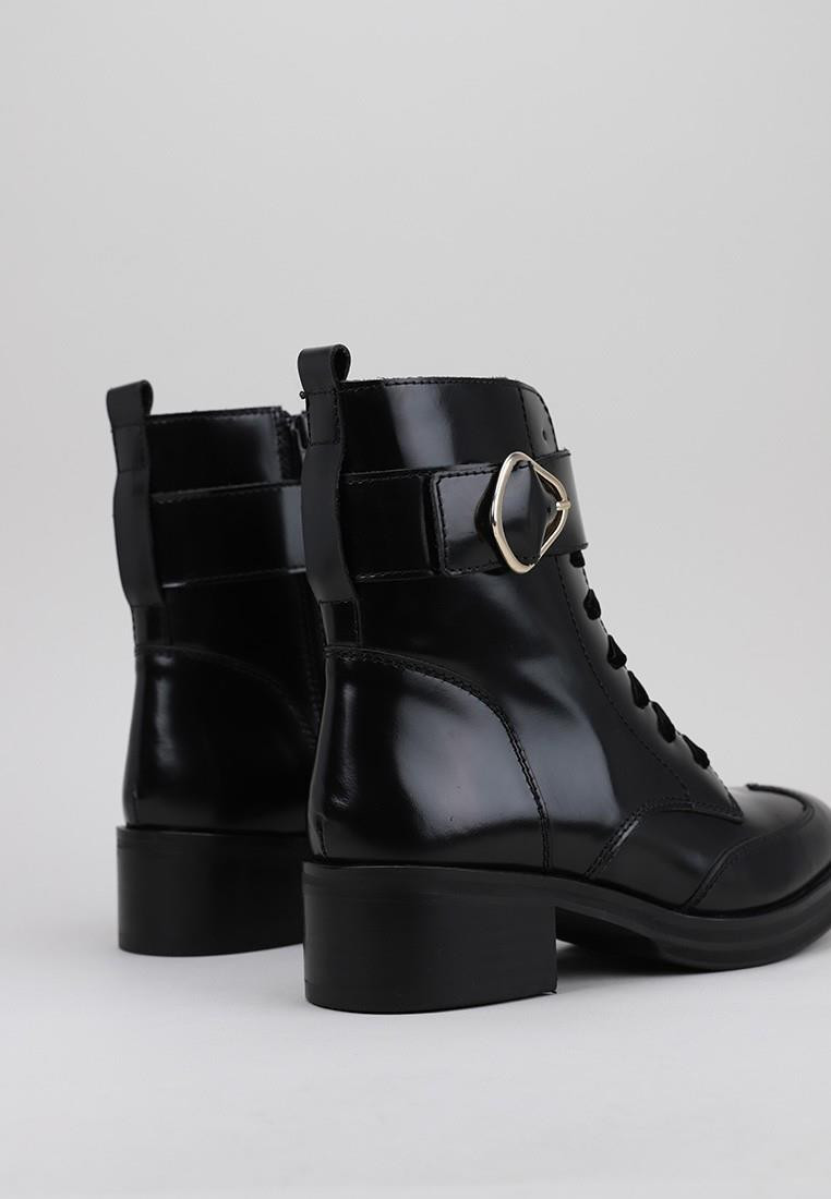 zapatos-de-mujer-staff-collection-negro