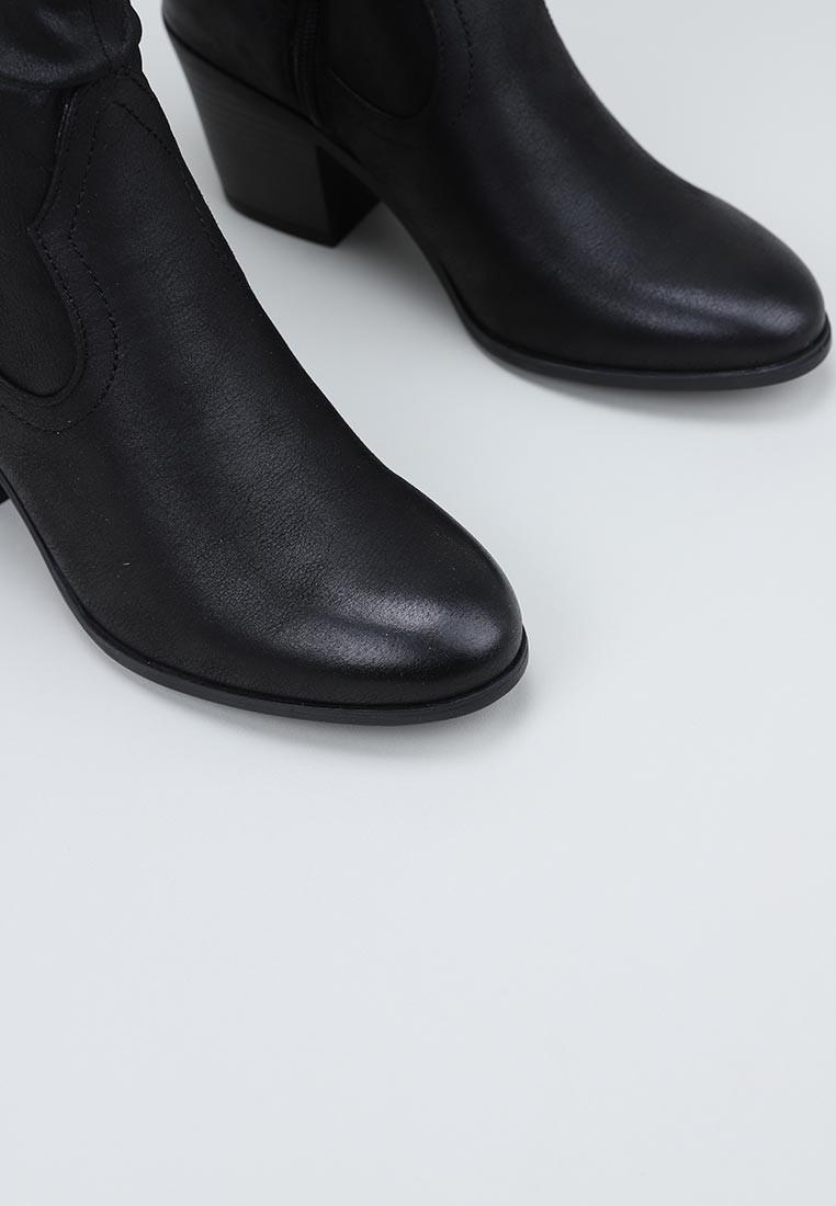 mustang-50276-negro