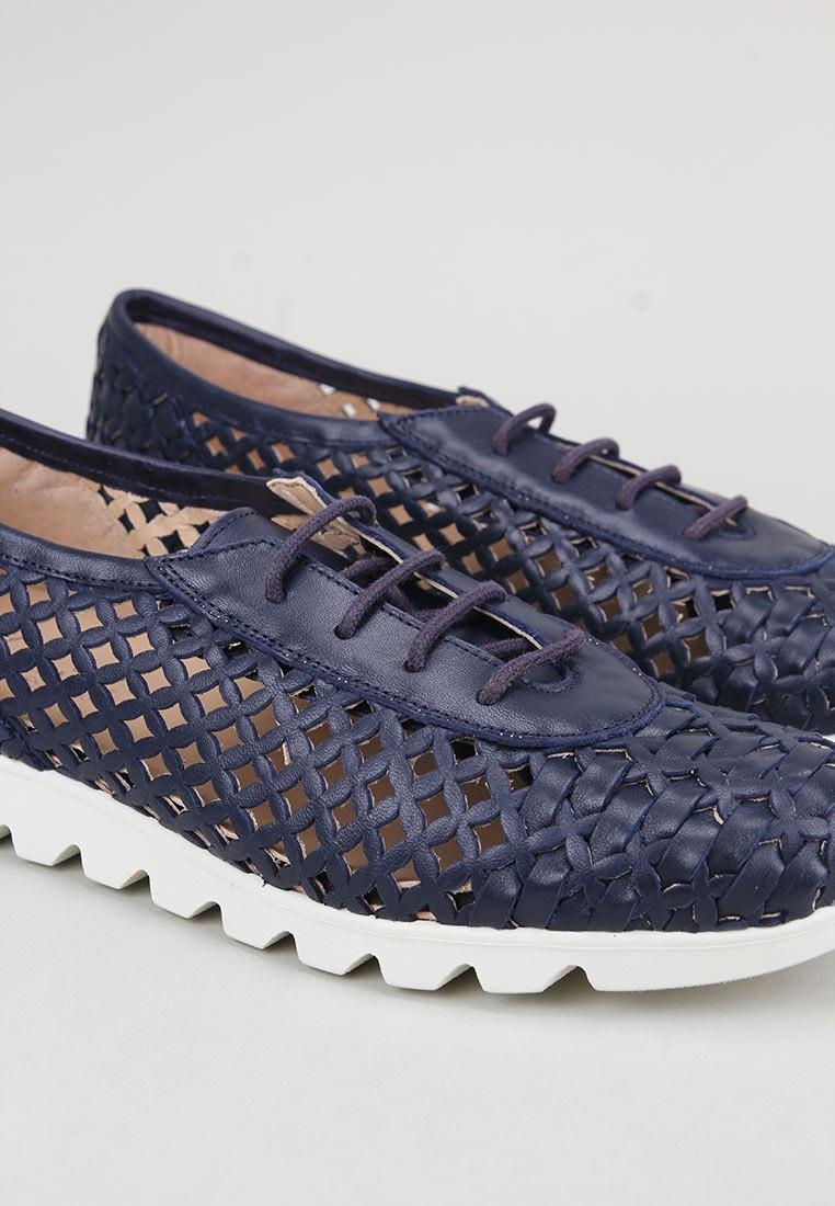 amanda-tono-azul