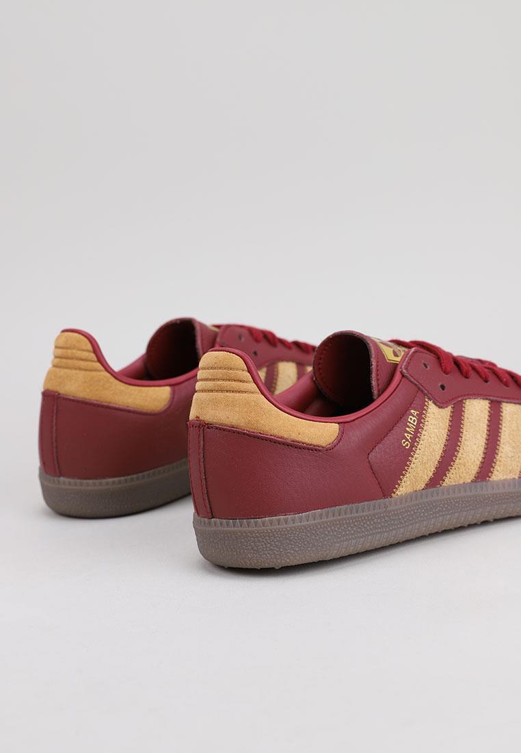 zapatos-hombre-adidas-burdeos