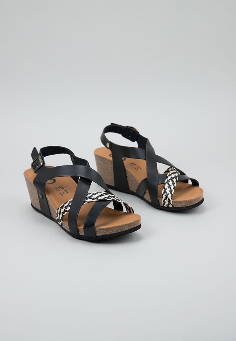 senses-&-shoes-sophie