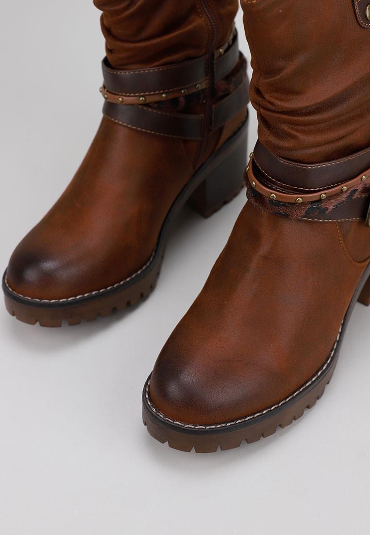 mustang-58666-marrón