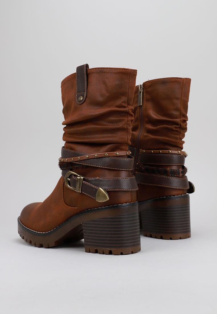 zapatos-de-mujer-mustang-marrón