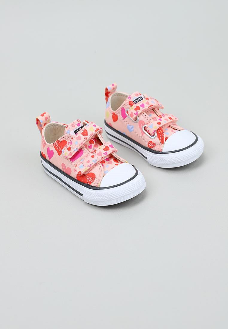 converse-always-on-hearts-easy-on-chuck-taylor-all-star