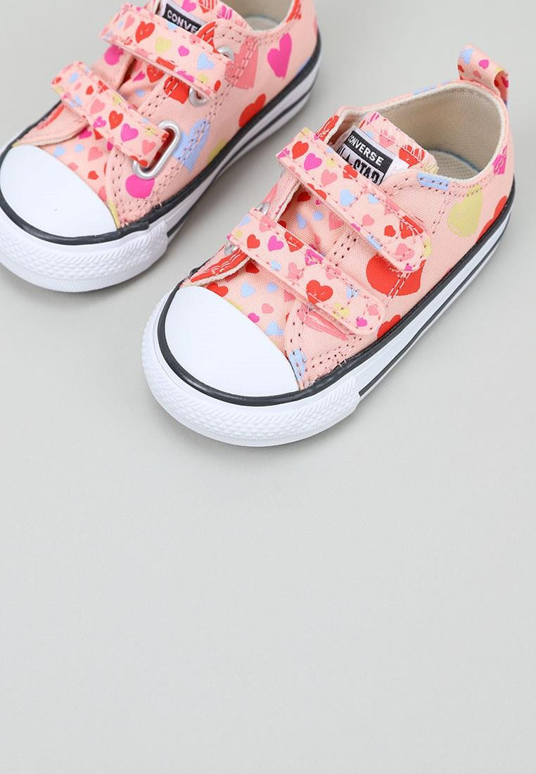 converse-always-on-hearts-easy-on-chuck-taylor-all-star-rosa