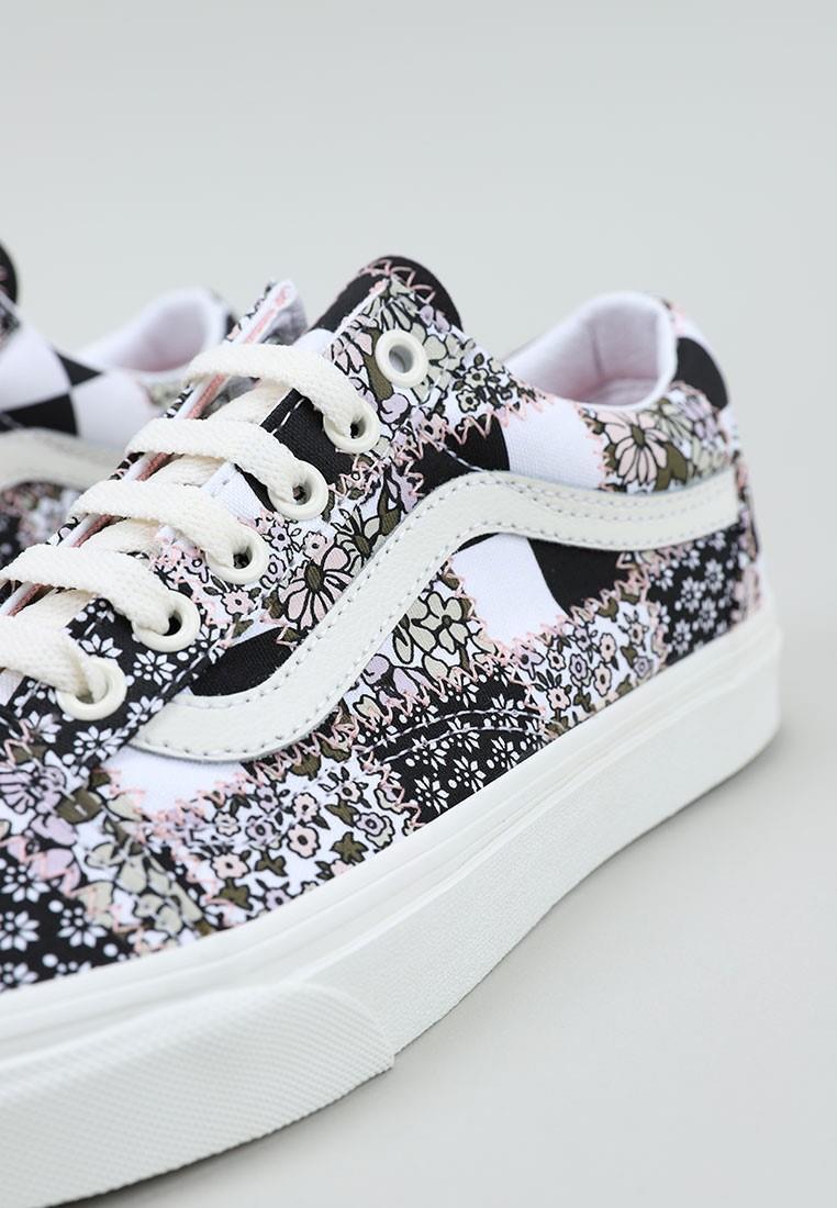 zapatos-de-mujer-vans-combinados