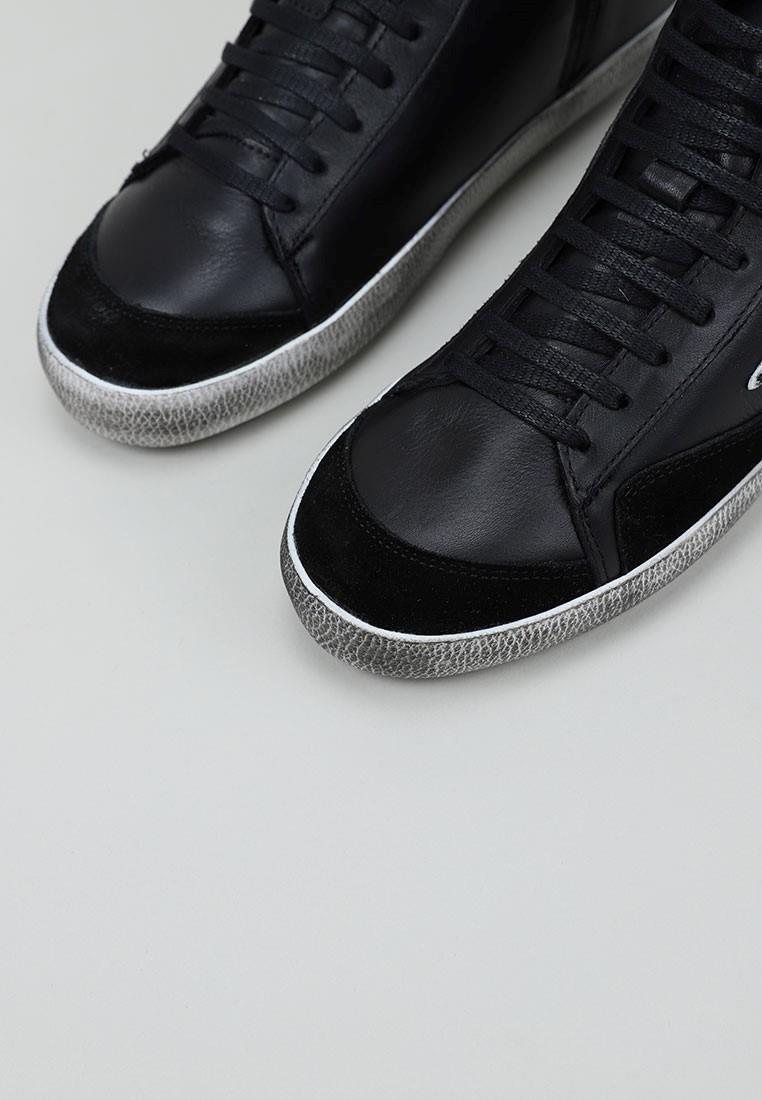top3-21706-negro