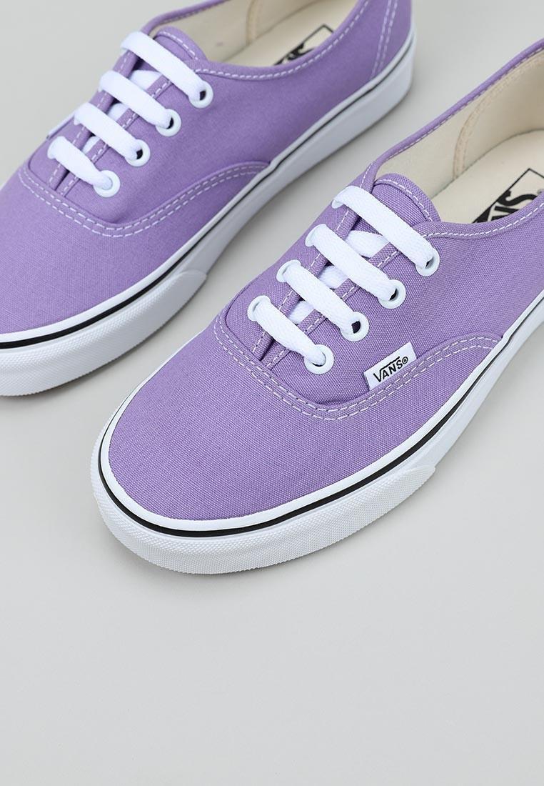 vans-ua-authentic--violeta