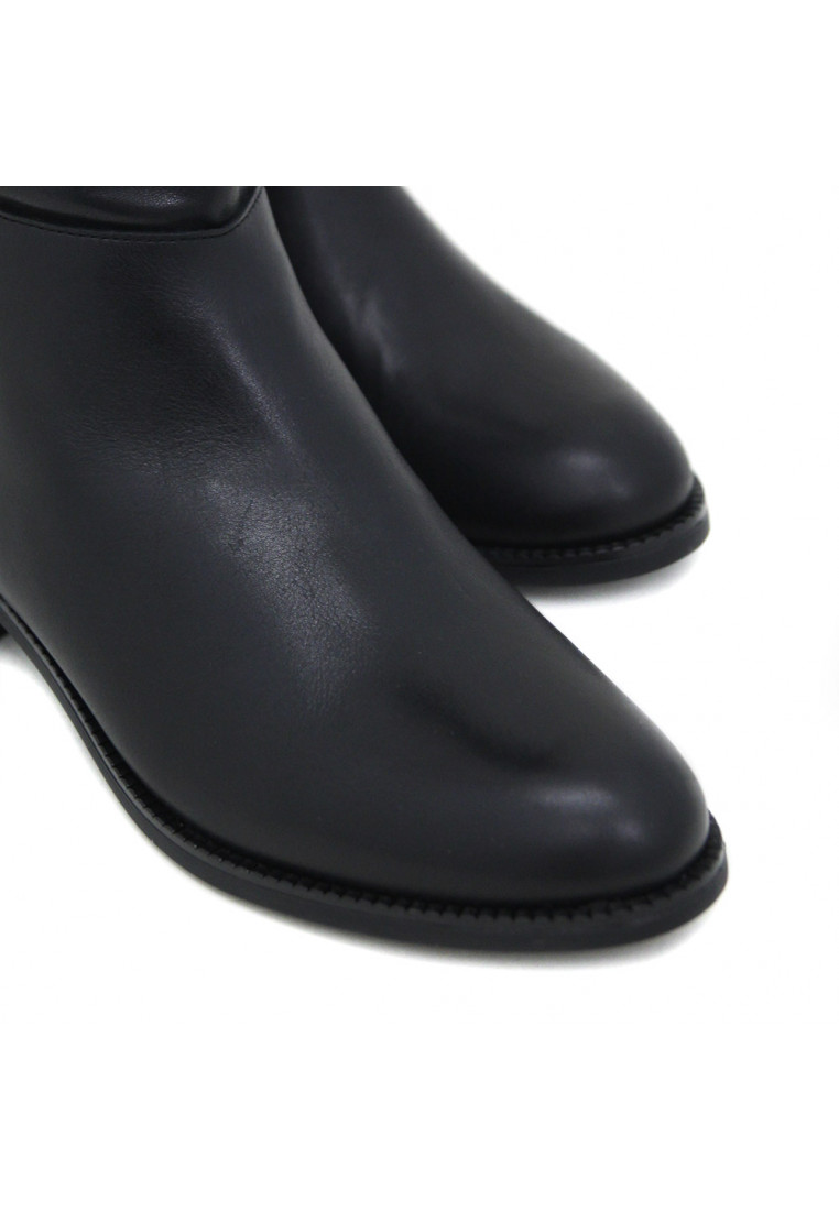 sandra-fontán-margaux-negro