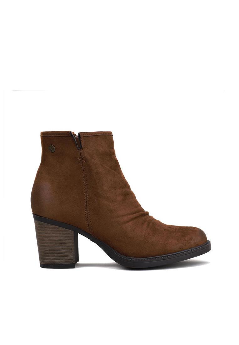 zapatos-de-mujer-isteria-mujer