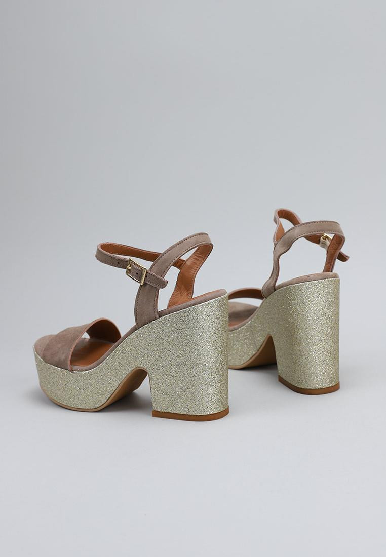 zapatos-de-mujer-krack-core-by-sara-baceiredo-beige