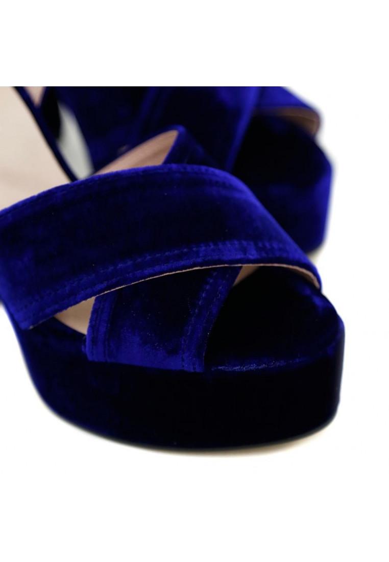 krack-core-by-sara-baceiredo-velvet-blue