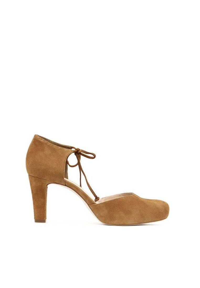 zapatos-de-mujer-unisa-camel