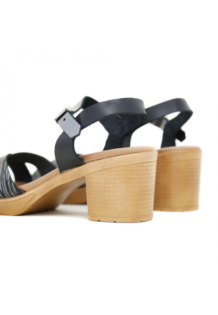 sandra-fontán-3893-negro