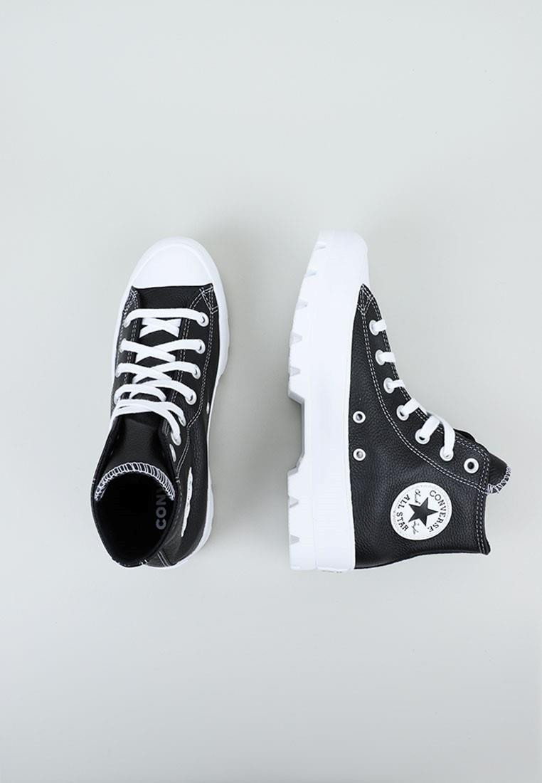 converse-lugged-leather-chuck-taylor-all-star